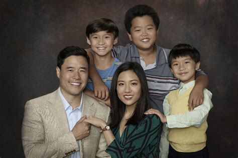 watch fresh off the boat season 3 stream fresh off the boat abc orders full second season today