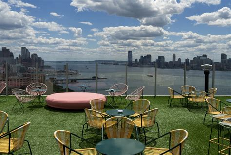Top Bars In New York City by Best Rooftop Bars In New York City