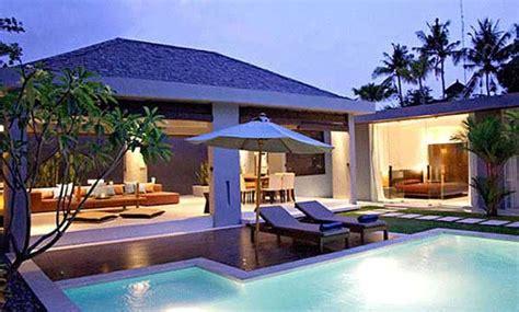 sofa pantai bali 5 villa pantai terbaik di bali bali bali beach indonesia