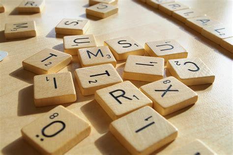 fi scrabble vierailijablogaus lautapelien pelaamisesta voi oppia