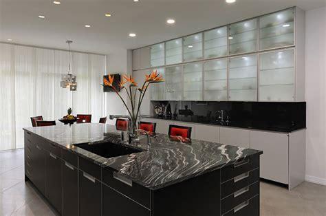 12 Examples Small Kitchen Renovation Ideas