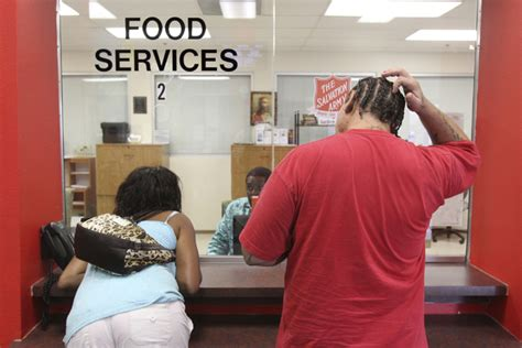 Food Pantry Las Vegas by Donation Sustains Salvation Army S Struggling Food Bank Las Vegas Review Journal