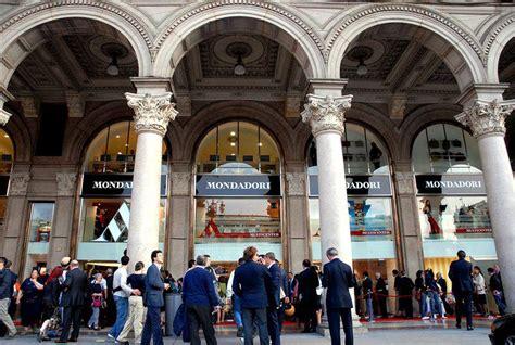 libreria mondadori piazza duomo mondadori store presenta nuovo servizio di quot book on demand