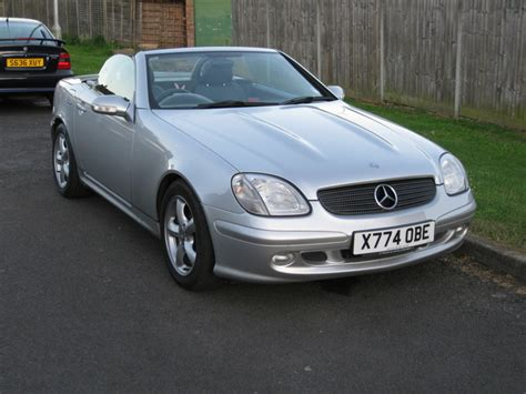 manual repair autos 2006 mercedes benz slk class electronic toll collection service manual 2000 mercedes benz slk class repair manual for a free free download mercedes