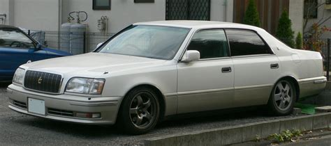 Crown Toyota File 1995 Toyota Crown Majesta 01 Jpg Wikimedia Commons