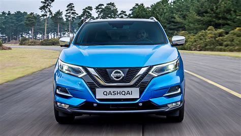 nissan qashqai facelift preview family car review