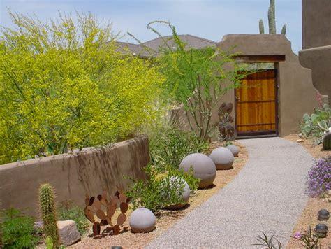 The Art of Approach: Courtyard Landscaping Phoenix