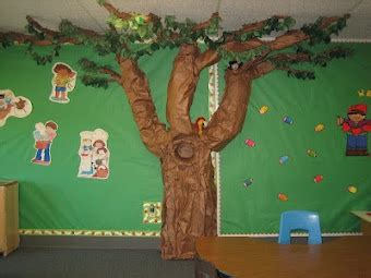 How To Make A Tree Out Of Construction Paper - 509 best preschool set up organization decorating