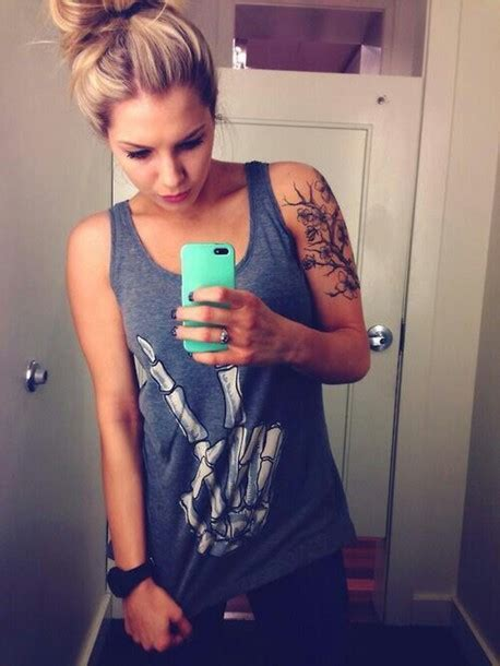 tattoo pages on instagram t shirt girl tattoo blonde hair instagram t shirt