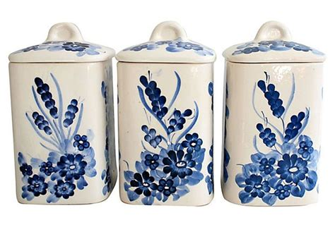 Blue And White Kitchen Canisters by Vintage Blue Amp White Ceramic Canisters In The Kitchen