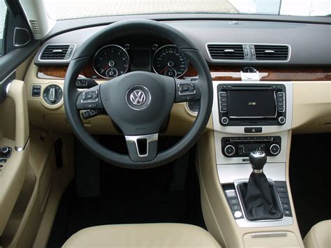 The Comfort Line by File Vw Passat Variant B7 1 8 Tsi Comfortline Nightblue