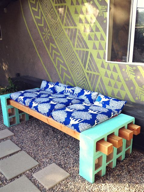 cinder block bench diy creative uses for cinder blocks