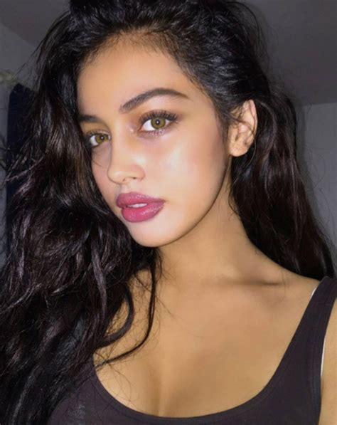 justin biebers instagram crush cindy kimberly  deal   attention hollywood life