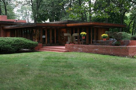 building a home in michigan melvyn maxwell and sara stein smith house wikipedia