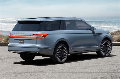 lincoln navigator 2018 lincoln navigator previewed with dramatic new york