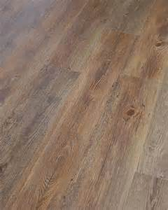 Luxury Plank Vinyl Flooring Oltre 1000 Idee Su Luxury Vinyl Tile Su Piastrelle In Vinile Pavimenti In Vinile E