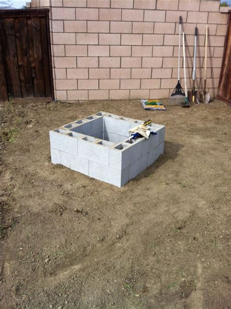pit block pit 30 16 cinder blocks 16x8x6 and 8 cinder
