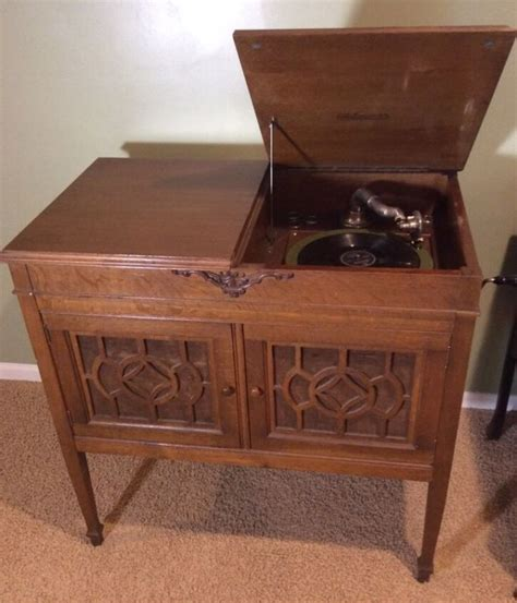 oak shop collectibles online daily silvertone record player shop collectibles online daily
