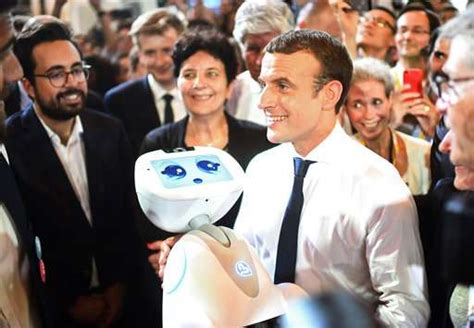 macron s france attracts english speaking tech start ups global macron woos tech world pledges french startup nation