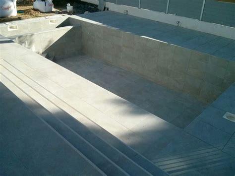 terrasse carrelage terrasse et piscine avec carrelage ext 233 rieur plombier