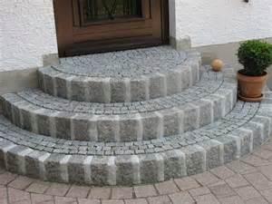 hauseingang mit treppe hauseingang homepage galabau meitinger 86637