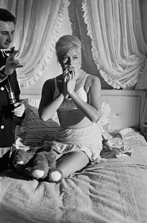 english sex bedroom michael winner films diana dors in the bedroom 1963