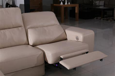Sofa 2017 comfort sofa z elektrycznie sterowan funkcj relax tc