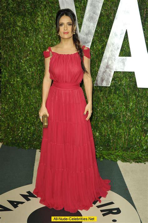 Star Vanity Salma Hayek In Red Dress Posing At 2012 Vanity Fair Oscar