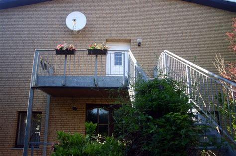 Fassade Mit Lärchenholz Verkleiden by Hausfassade Selber Verkleiden Ein Erfahrungsbericht