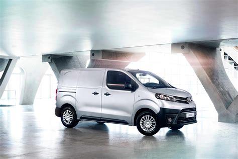 York Toyota New Proace Models Features Vantage Toyota York