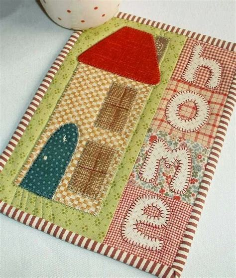 mug rug pattern by silver quilting 17 best images about mug rugs potholders placemats table runners on runners