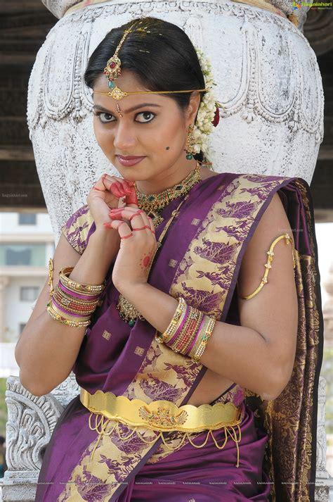 actress high definition photos suhasini high definition image 32 telugu actress photo