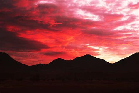 imagenes de nubes rojas yun gratis fotos no 2736 un grupo de nubes rojas hondas