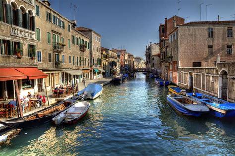 boat ride in venice small group grand canal secret venice boat tours venice