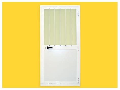porte interne in alluminio e vetro infissi blutecnica srl prefabbricati modulari