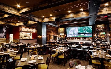 tap room gaming city tap house transforms multiscreen tv into monstrous for day wooder