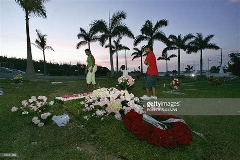 Smith To Be Buried In The Bahamas With Daniel smith buried in the bahamas getty images