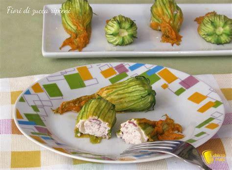 fiori di zucca ripieni al forno con ricotta fiori di zucca ripieni al forno ricetta il chicco di mais