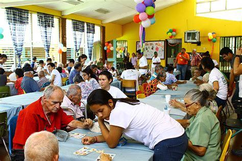 new year activities for nursing homes acropolis news 187 visit to the agape nursing home el salvador