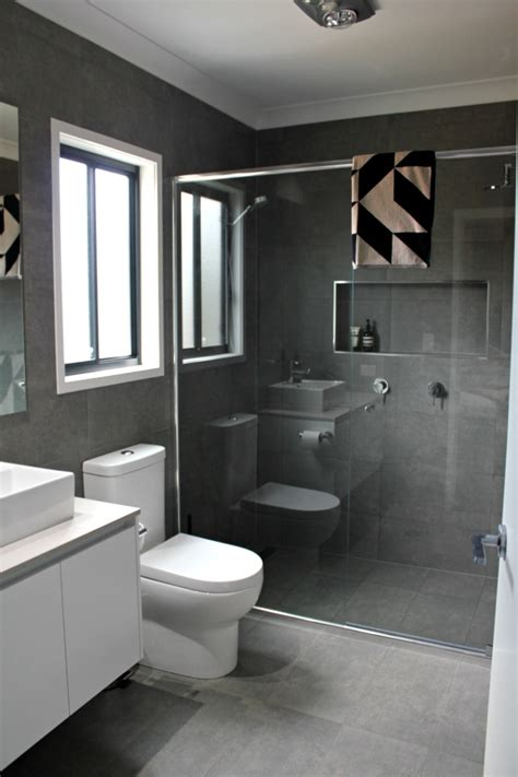 Small Tiled Bathrooms Ideas by Real Rooms Katie And Mitch S Bathroom Ensuite And Laundry