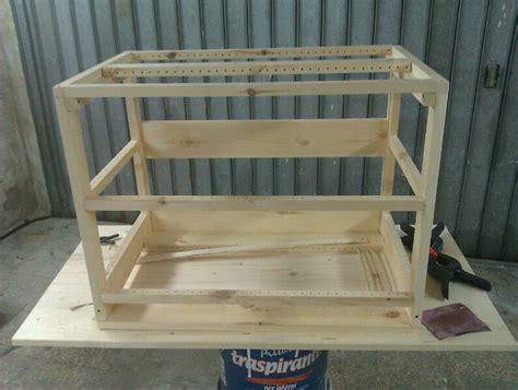 come costruire una gabbia per conigli in legno costruire gabbia per uccelli tutta in legno