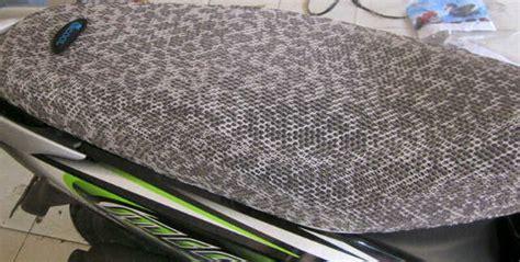 Pelapis Jaring Cover Sarung Jok Motor R Anti Panas M Ysk importir pelapis jok anti panas 0878 3913 2939 pabrik sarung jok motor 0878 3913 2939 jual