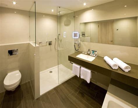Dekosteine Badezimmer by Badezimmer Modern 226 182 Moderne Dekoration Badezimmer Licht