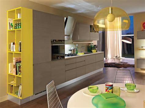 Cucine Senza Maniglie by Cucina Componibile In Legno Senza Maniglie Cucina