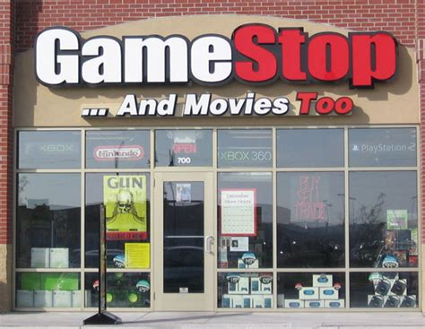 gamestop new years hours nerdboytv gamestop to hire 15 000 seasonal workers