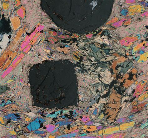 Talc Thin Section by Raman Microscopy For Mineralogist