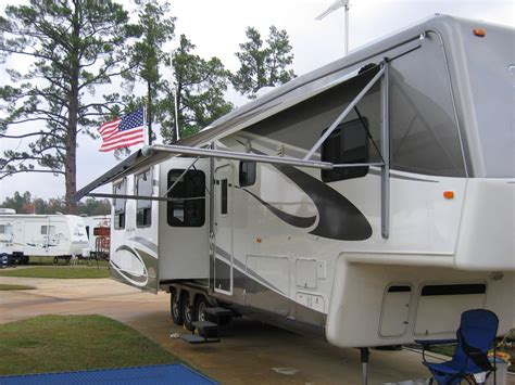 electric awnings for rvs electric rv awnings 28 images cing caravan equipment