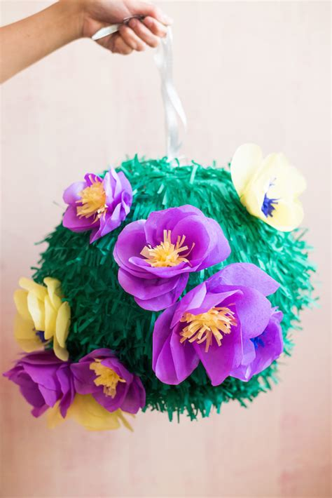 How To Make A Pinata With Tissue Paper - diy tissue paper flower pi 241 ata