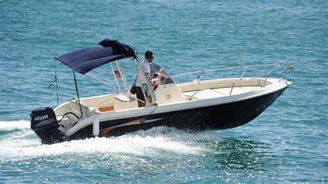 airbnb boat rental sorrento noleggio barche praiano la cura dello yacht