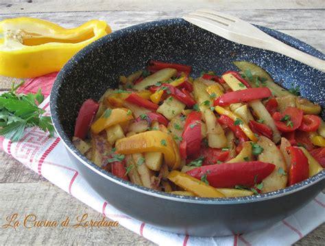 come cucinare peperoni in padella peperoni e patate in padella un contorno delizioso